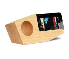 THE PIVOT IPHONE AMPLIFIER in Hard Maple by Koostik // passive amplification with no power source needed #productdesign