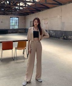 Korean Girl Fashion, Korean Fashion Trends, Korean Street Fashion, Ulzzang Fashion, Korea Fashion, Asian Fashion, Tokyo Fashion, Retro Fashion, Korean Casual Outfits