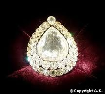 4th largest diamond in the world, the spoonmaker diamond in Topkapi palace, Istanbul.