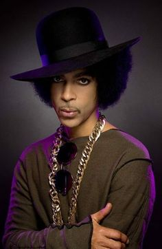 Prince Charming Coffee man who is the CEO of coffee Prince Images, Pictures Of Prince, Black Is Beautiful, Beautiful People, The Artist Prince, Prince Purple Rain, Hip Hop And R&b, Roger Nelson, Prince Rogers Nelson