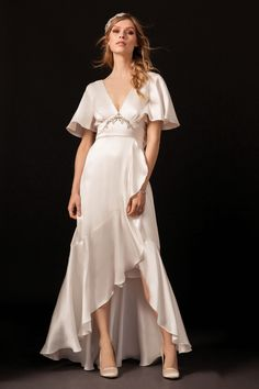 Get inspired and discover Temperley London Bridal trunkshow! Shop the latest Temperley London Bridal collection at Moda Operandi. Chic Wedding Dresses, Bridal Dresses, Prom Dresses, Dress Wedding, Wedding Ring, Bridal Collection, Dress Collection, Spring Collection, Spring Dresses