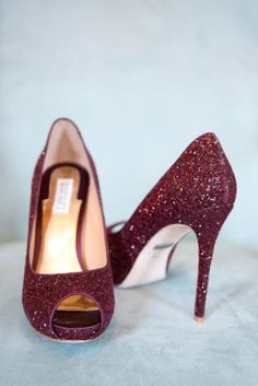 Hottest Fall Fashion Wedding Shoes - Badgley Mischka; photo: Reese Moore Weddings via The Lovely Find