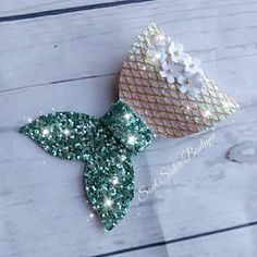 Sewing projects disney etsy 67 New Ideas Diy Hair Bows, Bow Hair Clips, Diy Headband, Headbands, Mermaid Glitter, Diy Hair Accessories, Mermaid Hair Accessories, Baby Bows, How To Make Bows
