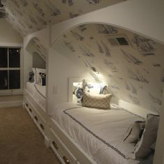 I like how this attic is designed for children and how it looks all together.