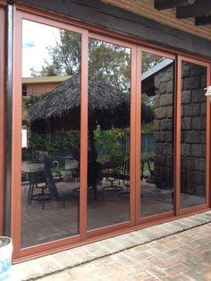 Puertas corredizas tipo cortina de habitaciones google for Puertas para patios modelos