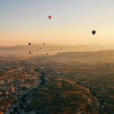 From the balloon high above the beautiful Cappadocia for sunrise.  #LoveFromTurkey with @turkishairlines by curious2119