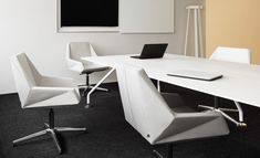 NOTI chairs | PRISM collection | geometry | elegance | design by Krystian Kowalski | trestle | office | hotel | restaurant | furniture | white