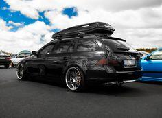 dope blacked out bmw wagon - Bwm Series Bmw Kombi, Bmw E39 Touring, Wagon Cars, Bmw Wagon, Bmw E46, E61 Bmw, Custom Bmw, Bmw Autos, Bmw Love