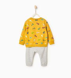 Chandal Zara niños Talla 2 - 3 años precio 15,95 Jogging, Baby Boy, Plush, Boys, Flags, Outfits, Ideas, Zara Home Kids, Presents