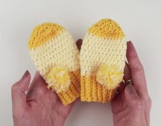 How to Crochet Fast and Easy Crochet Baby Mittens