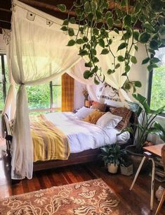 Bohemian Bedroom Decor Ideas – Locate the best Bohemian Bedroom Layouts. Learn h… Bohemian Bedroom Decor Ideas – Locate the best Bohemian Bedroom Layouts. Learn how to offer your bed room a boho touch. Bohemian Bedrooms, Bohemian Room, Modern Bohemian, Bohemian Decor, Home Decor Bedroom, Diy Home Decor, Bedroom Ideas, Canopy Bedroom, Diy Bedroom