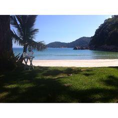 Laranjeiras beach