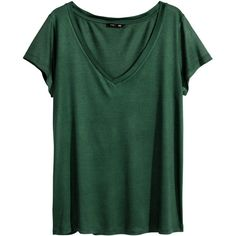 H&M V-neck top ($12) ❤ liked on Polyvore featuring tops, t-shirts, shirts, tees, dark green, green t shirt, green tee, green v neck shirt, drapey tee and dark green shirt