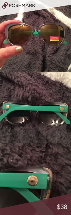 NWT Catherine Malandrino sunglasses 100% UV Protection, never used, zero scratches, turquoise and grey. Catherine Malandrino Accessories Sunglasses