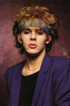 I had this poster in my room when I was in high school. Though my heart was devoted to John Taylor, it was this poster of Nick Rhodes that caused me to love and adore Nick just as much as JT. Swooon! <3<3<3