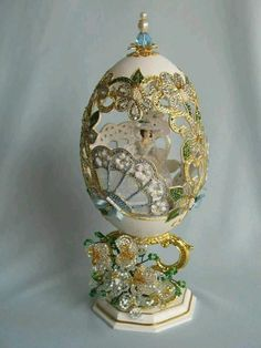 No automatic alt text available. Egg Crafts, Easter Crafts, Broken China Crafts, Objets Antiques, Fabrege Eggs, Egg Shell Art, Carved Eggs, Egg Art, Cool Inventions