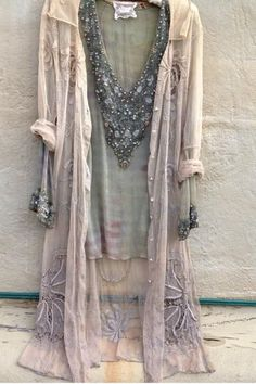 200 Boho-Style Fashion Looks Gypsy Style, Hippie Style, Hippie Boho, Bohemian Style, Boho Chic, My Style, Boho Fashion, Fashion Beauty, Vintage Fashion