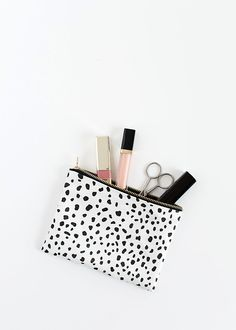 DIY: no-sew zipper pouch