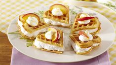 Jablečné vafle se šlehačkou Breakfast, Food, Morning Coffee, Essen, Meals, Yemek, Eten