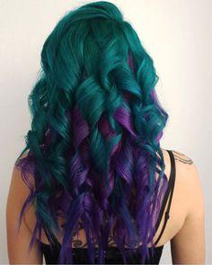 Bold Hair Color, Pretty Hair Color, Bright Hair Colors, Hair Dye Colors, Colorful Hair, Teal And Purple Hair, Pixie Haircut For Thick Hair, Pretty Hairstyles, Teen Hairstyles