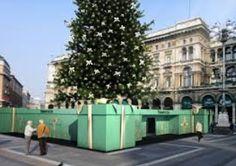 Uno dei più bei temporary store che abbia mai visto (non dal vivo, purtroppo!): #Tiffany #Milano2010 Un Natale davvero speciale all'insegna dell'indimenticabile scatolina verde Tiffany <3