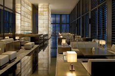 Milán - AD España, © D.R. Armani Hotel Milano se encuentra en la milla de oro de la ciudad italiana, en el 31 de Via Manzoni.