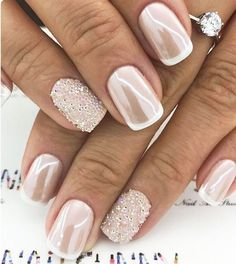 Nagelkunst Rosa Nagellack Nail Art Pink Nail Polish – – Related posts: Pink nail polish with nail art … – # nail art # nail polish … 30 Pink nail art & nude nail polish Pink nail polish with nail art … # Black & Pink W / Glitzernde Nail Art Cute Nails, Pretty Nails, Nail Art Rosa, Nail Art Vernis, Wedding Nails Design, Nails For Wedding, Nail Art Weddings, Wedding Manicure, Wedding Nails For Bride Natural