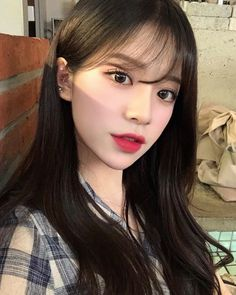 Korean Fashion – How to Dress up Korean Style – Designer Fashion Tips Ulzzang Hair, Ulzzang Makeup, Ulzzang Korean Girl, Cute Korean Girl, Korean Makeup Look, Korean Beauty, Asian Beauty, Korean Bangs Hairstyle, Umibe No Onnanoko
