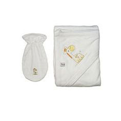 White Towel and Washcloth with Giraph White Towels, Beautiful Babies, Clothing, Cotton, Baby, Small Bouquet, Outfits, Infants, Baby Humor