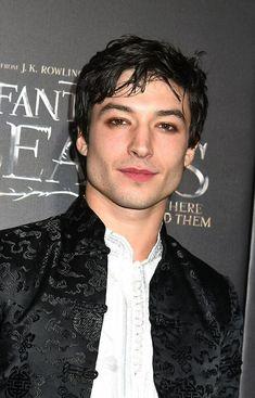 Mr.Fabulous the shmexy vampire