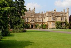 outdoormagic:  Corsham Court, Wiltshire by archidave on Flickr.