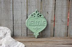 Shabby chic welcome sign