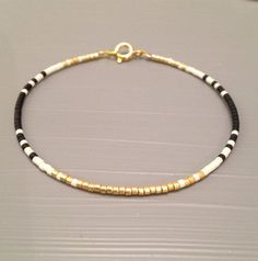 Dainty or Perle Bracelet Bracelet minimaliste par…