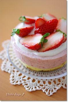簡単!いちごムースケーキ by うっひー 【クックパッド】 簡単おいしいみんなのレシピが281万品