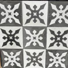 Diseño Agustino  #cholula #diseño #arqmx  #mosaicoshidraulicos #madeinMexico #mosaicodepasta #arqmx #art #artesanal #baldosas #cementtiles #carreauxdeco #design #decoracion #fliesen #floor #handmade #ihavethisthingwithfloors #interiordesign #tileaddiction #tiles #mosaicos #baldosas #loseta #losacriolla by heclops
