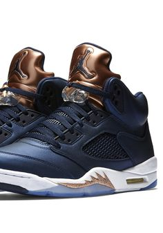 AIR JORDAN RETRO 5 'BRONZE' (via Kicks-daily.com)