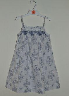 À vendre sur #vintedfrance ! http://www.vinted.fr/mode-enfants/robes/21834722-robe-fines-bretelles-bleu-et-blanche-gocco