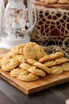 Gluten Free Italian Polenta Cookies {Beard and Bonnet}