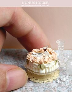All of the posts are in Japanese, so I don't know what they say, but this woman makes all of these AMAZING miniatures.