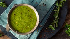 This classic chimichurri sauce is the perfect accompaniment to any savory dish including a turkey steak, grilled chicken breast or fish, or empanadas. Chefs, Sauce Tahini, Hummus Salad, Chimichurri Sauce Recipe, Sauces, Salsa Pesto, Kidney Friendly Foods, Zesty Sauce, Spiced Cauliflower