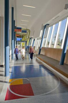 Corridor/Floor Pattern McMicken Elementary School / TCF Architecture