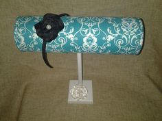 Boutique Headband display turquoise white by CoutureMarketProps