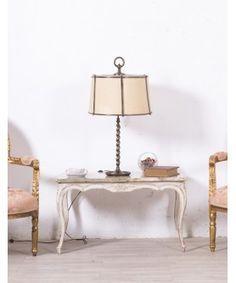 Mesa Auxiliar Con Mármol Colette   #mueblesbaratos #mueblesrebajados #muebleseconomicos #sale #rebajas #descuento #decoracion #casa #interior #interiores #design #liquidacion #outled #saldillo #mueblessegundamano #diy #mueblesantiguos #mueblesvintage #mueblesdemadera #mueblesreciclados Interiores Design, Entryway Tables, Diy, Furniture, Home Decor, Cheap Desk, Home, Upcycled Furniture, Antique Stores