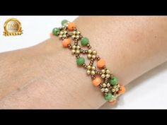 Beaded Bracelets Tutorial, Handmade Bracelets, Bangle Bracelets, Handmade Jewelry, Beaded Jewelry Patterns, Bracelet Patterns, Bracelet Making, Jewelry Making, Diy Jewelry Unique