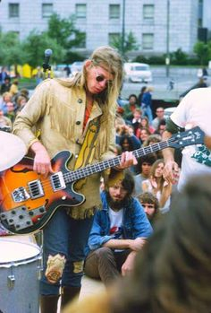 Jack Casady -  Jefferson Airplane
