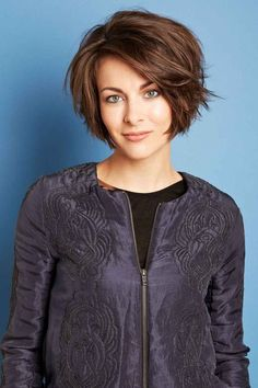 2016 hairstyles - Best Women Short Haircuts 2015 for Thick Hair Short Hairstyles For Thick Hair, Haircut For Thick Hair, Hairstyles For Round Faces, Elegant Hairstyles, Short Hair Cuts, Bob Hairstyles, Curly Hair Styles, Bob Haircuts, Casual Hairstyles