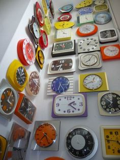 collection 60-70 design vintage formica clocks