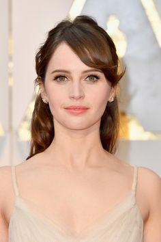 La mise en beauté de Felicity Jones aux Oscars 2017