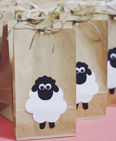 Party gift bags (for a farm animals themed birthday party perhaps)