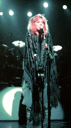 Stevie Nicks, Rock Star. In my Top 10 favorites fer sure!
